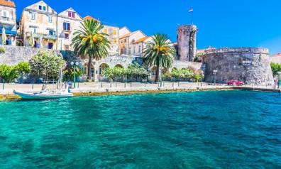 Chorwacja nabrzeże miejskie twierdza, typowa chorwacka zabudowa