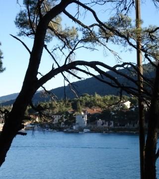 Zdjęcie z rejsu żeglarskiego Stari Grad: Miejscowa restauracja - Eremitaz